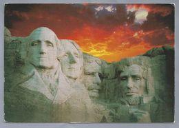 US.- SOUTH DAKOTA, MOUNT RUSHMORE NATIONAL MEMORIAL. - Mount Rushmore