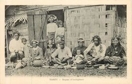 TAHITI  Repas D'indigènes - Tahiti