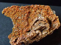 Vanadinite With Calcite ( 6 X 3 X 4 Cm ) - North Geronimo Mine -  La Paz County - Arizona - USA - Minéraux