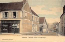 78 - YVELINES - FRENEUSE - 10339 - Grande Route Pres De L'horloge - - Freneuse