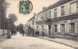 78 - YVELINES - MAGNANVILLE - 10375- Rue Principale -défaut - Magnanville