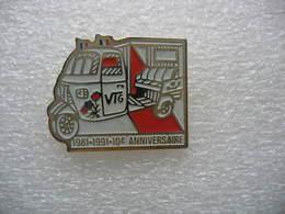 Pin's Des 10 Ans De La Voiturette De La Marque VTG 1981-1991 - Pin