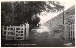 R376339 Entrance To Carding Mill Valley. Church Stretton. Walter Scott. RP. 1950 - Mondo