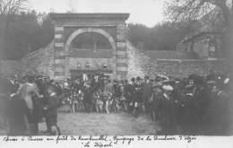 78 - YVELINES - RAMBOUILLET - 10432 - Carte Photo - Chasse à Courre En Forêt - équipage De La Duchesse D'Uzes - Départ - Rambouillet (Castillo)