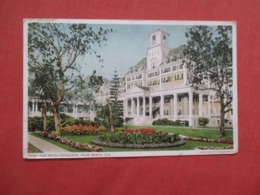 Royal Poinciana  Florida > Palm Beach    Ref 4148 - Palm Beach