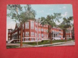Sisters Hospital  Maine > Lewiston   Ref 4149 - Lewiston