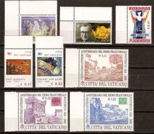 (Fb).Vaticano.2002/3.Lotto Di 4 Serie Ed Una Spezzatura,nuovi,integri (129-20) - Vaticano