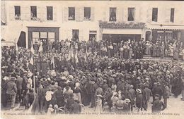 VIL-  DURAS  EN LOT ET GARONNE  REMISE DU DRAPEAU A LA 1665 E SECTION DES VETERANS  2 OCT 1904         CPA  CIRCULEE - France