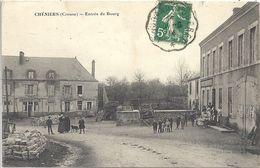 CPA Chéniers Entrée Du Bourg - France