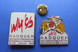 2 Pin's,CYCLISME,WM 95,RADQUER,VELO-SPORT,SUISSE - Cyclisme