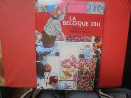 2011 TIMBRES+LE LIVRE DE L'ANNEE COMPLET (800 Grammes) - Belgium