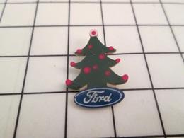 1120 Pin's Pins / Beau Et Rare / THEME : AUTOMOBILES / FORD SAPIN DE NOEL QUI A LES BOULES - Ford