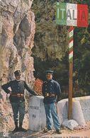 Rare Cpa La Douane Franco-italienne Et Douaniers - Police - Gendarmerie