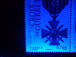 N°4942 - La Croix De Guerre - 0€76 - 2 Bandes De Phosphore à Gauche - Gomme D'origine - LUXE** - Nuevos