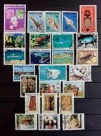 POLYNESIE.1979 à 1983 . LOT De 3 Timbres Neufs + 22 Oblitérés. Côte Yvert 24,25 € - French Polynesia