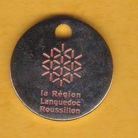 Jeton De Caddie En Métal - Région Languedoc-Roussillon - Jetons De Caddies