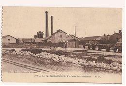 17 - LA PALLICE- LA ROCHELLE - L'USINE DE GELATINE - HAUTS-FOURNEAUX WAGONS- CITERNES - 1919 - La Rochelle
