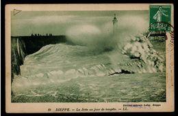 CPA 76 DIEPPE N°19 LA JETEE UN JOUR DE TEMPETE LL 1923 EDIT SPEC LEFAY DIEPPE - Dieppe