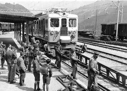 BVA - Zweisimmen BFe 4/4 3001 Montage Des Rampes  - Montreux Oberland Bernois MOB M.O.B Ligne De Chemin De Fer Train - BE Bern