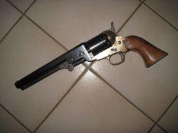 """Revolver Poudre Noire """"coltman"""" Calibre 36 - Armes Neutralisées"""