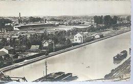 REIMS - LE CANAL ET LE STADE AUGUSTE DELAUNE - Reims