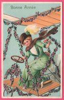 Fantaisie Embossed - Bonne Année - Femme Sur Engin Volant - Avion - Monoplan - Chapeau - Mode - Edit. S.B. - 1913 - Nouvel An