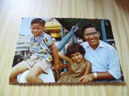 CPSM Iles Gilbert (Kiribati).Type De Famille évoluée. - Kiribati