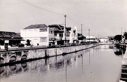 JAVA / INDONESIA - DJAKARTA - CARTE VRAI E PHOTO / REAL PHOTO POSTCARD ~ 1950 - '955 (ae930) - Indonesia