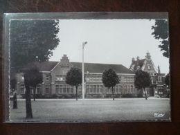 LAMBERSART  L'école Samyn - Lambersart