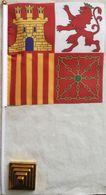 Banderín Bandera De Proa. Torrotito. Castilla, León, Aragón Y Navarra. España. Desde 1945. De Sobremesa - Drapeaux