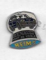 Pin's  Ville, Automobile  RENAULT  Clio  Bleu, RENAULT  PONT  DE  VESLE  ( 01 )  REIMS  ( 51 ) Verso J. BALME  SAUMUR - Renault
