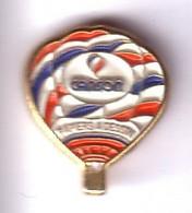 E19 Pin's MONTGOLFIÈRE Balloon CANSON à Annonay Ardèche Papier à Dessin Célèbre Marque Haut 15 Mm Achat Immédiat - Montgolfières