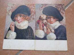 Donnine Woman N.2 Cartoline Differenti Illustratore Mauresik Cappello Polsini Pelliccia Cane - Non Classificati