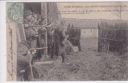 86 USSEAU Crime ,le Poste Des Soldats Et Des Gendarmes Devant La Maison Du Garde Chasse Roy - Autres Communes