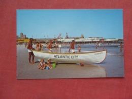 Life Saving Crew  Atlantic City     New Jersey >    Ref 4155 - Atlantic City