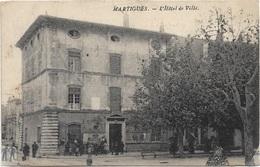 13 - MARTIGUES L'Hôtel De Ville Animée écrite Timbrée - Martigues