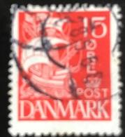 Danmark - D1/15 - 1927 - (°)used -  Zeilschip - 1913-47 (Christian X)