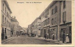 38    Bourgouin     Rue De La République - Bourgoin
