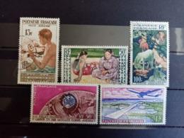 POLYNESIE.1958. Poste Aérienne N° 1.2.3.5.6. 4 Oblitérés 1 Neuf. Côte Yvert 2015 : 34,50 € - Poste Aérienne