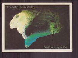 FONTAINE DE VAUCLUSE L INTERIEUR DU GOUFFRE 84 - Sonstige Gemeinden