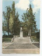 27 Gisors La Statue Du Général De Blanmont - Gisors