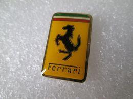 PIN'S     LOGO  FERRARI   26X16mm - Ferrari