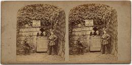 """Vue Stéréoscopique, Amusante Scène De Genre. """"Salle De Police"""" Tirage Albuminé  C 1865,  FG1561 - Stereoscopic"""