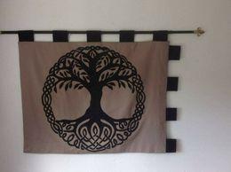 Yggdrasill, L'Arbre De Vie. Vikings Entièrement Doublé - Alfombras & Tapiceria