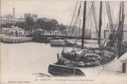 """Bv - Cpa LORIENT - Un Coin Du Bassin Et Le Pont Tournant (avec Le """"Camille"""" De L'Aiguillon Sur Mer) - Lorient"""