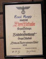 """Militaria 2. Weltkrieg """"Ehrenuhrkunde Für Gute Leistungen Im Berufswettkampf"""" Gerahmt Unter Glas,Grösse: 29 X 21 Cm - Documents"""