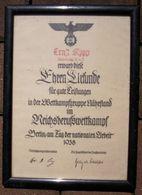 """Militaria 2. Weltkrieg """"Ehrenuhrkunde Für Gute Leistungen Im Reicherufswettkampf"""" Gerahmt Unter Glas,Grösse: 29 X 21 Cm - Documents"""