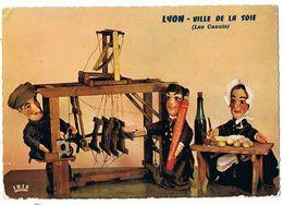 CPM..69..LYON..VILLE DE LA SOIE..LES CANUTS..LA FAMILLE CANEZOU..MARIONNETTES - Marionetas