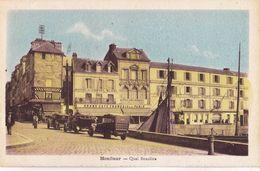 CPA Honfleur (14) Quai Beaulieu Rare Ciel Bleu, Hôtel Du Cheval Blanc Autocars Rouges ! Vieilles Voitures - Honfleur