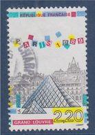 Panorama De Paris Monuments De La Capitale N°2581 Oblitéré Pyramide Du Grand Louvre - Gebraucht